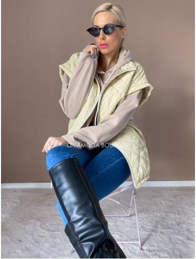 Oversize vesta prešívaná vanilla D 217