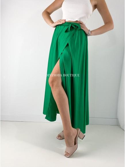 Maxi sukňa satén s rázporkom zelená M 164